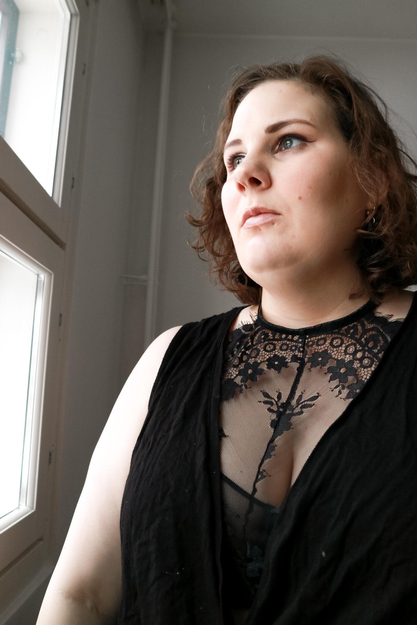 Naisten kokema häirintä - Big mamas home by Jenni