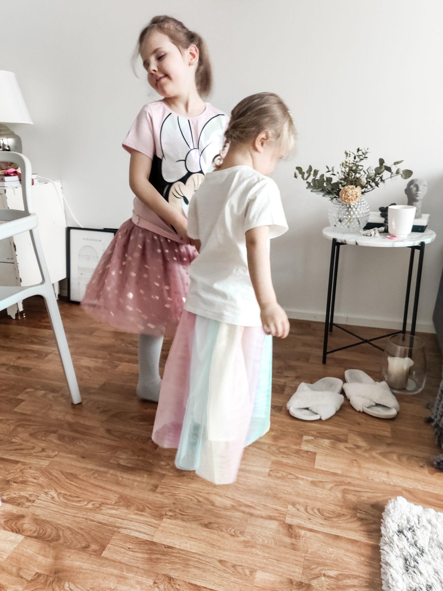 Lasten juhla-asut - Big mamas home by Jenni