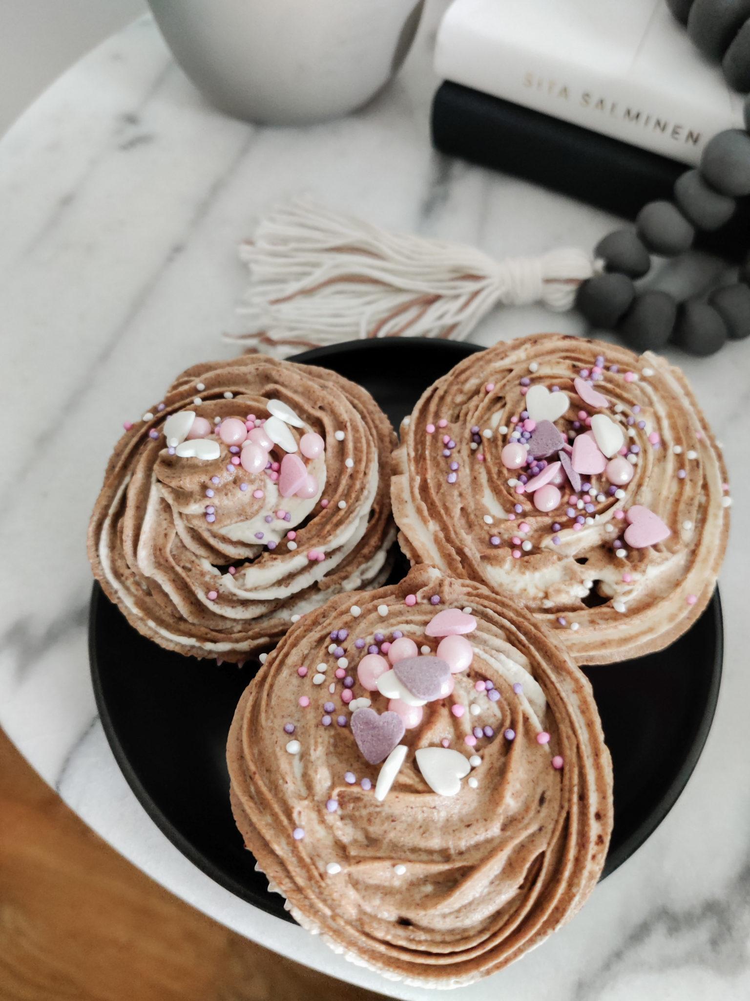 Suklaa muffinssit - Big mamas home by Jenni
